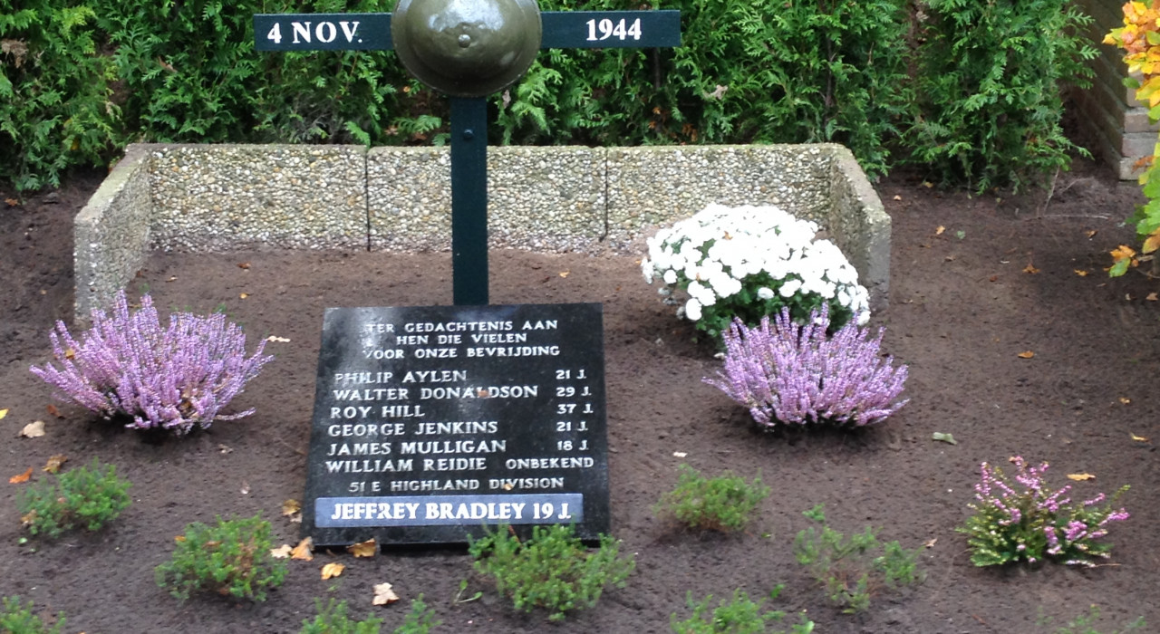 Henk Peters Monument bij de Distelberg